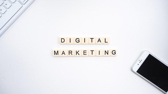 nápis digital marketing.jpg