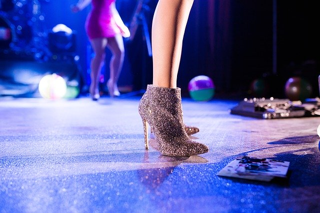 Jak se obléct na ples?