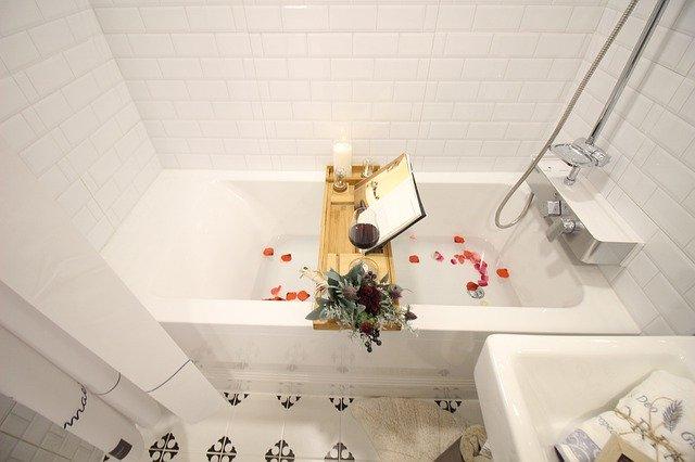 příprava relaxu ve vaně